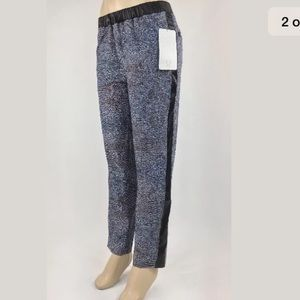 Lululemon Rise & Shine Trousers size 10